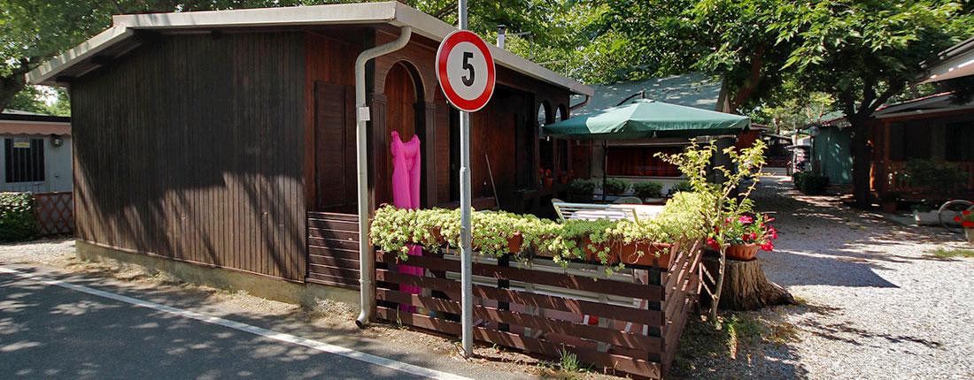 camping_calatella_bungalows_in_legno
