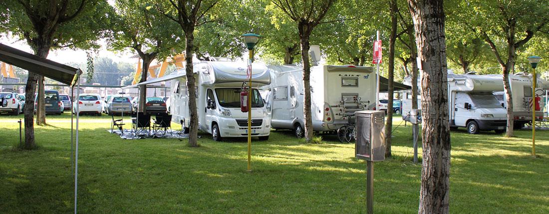 piazzole_camper_camping_calatella_marina_di_massa