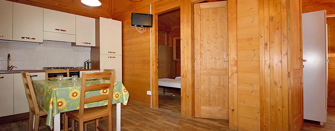 camping_marina_di_massa_bungalows_grande02